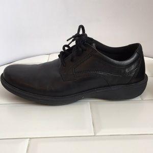 Men's CLARKS. Black. Lightweight Lace up. Size 8.5